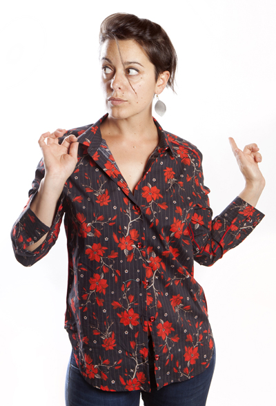 Baïsap - Red floral blouse - Black and red printed blouse