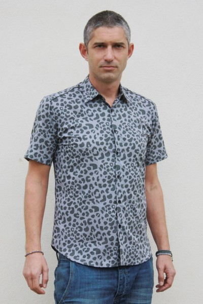 Baïsap - Grey Leopard print shirt, short sleeve - Leopard print shirt for men