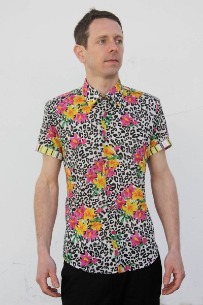 Baïsap - Mens animal print shirt, short sleeve - Jungle - Leopard print shirt, with flowers, light cotton
