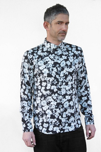 Baïsap - Mens black floral shirt - Gray Flowers - Big flowers print on black viscose